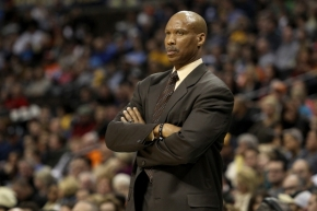 Preferido de Kobe, Byron Scott é o novo técnico doLakers
