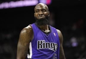 Knicks e Kings fecham troca envolvendo quatroatletas